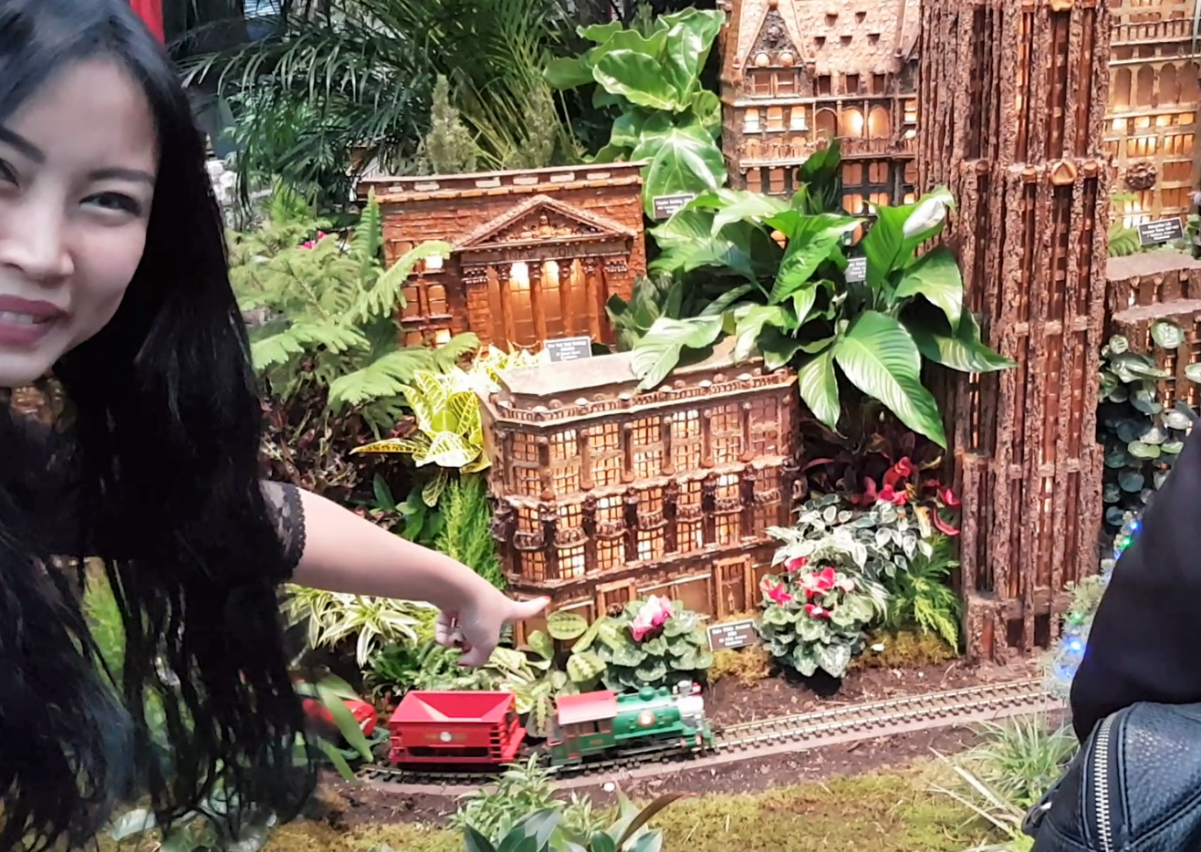 Holiday Train Show at the Botanical Garden