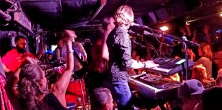 best bars with live music in new york city