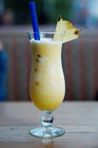kombucha pineapple smoothie for glowing skin