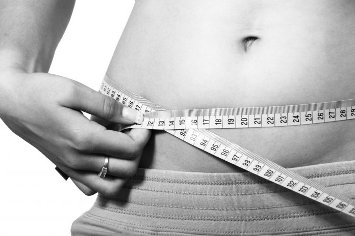 women gain weight after 40