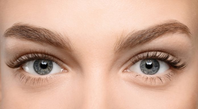 grow thicker eyebrows and lashes