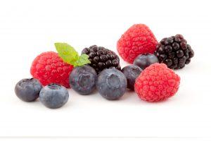 Berries contain ellagic acid nutrient preventd collagen damage from UV rays