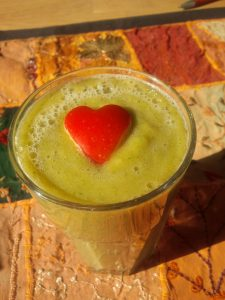 Apple Cider Vinegar and Papaya Smoothie to loos weight naturally