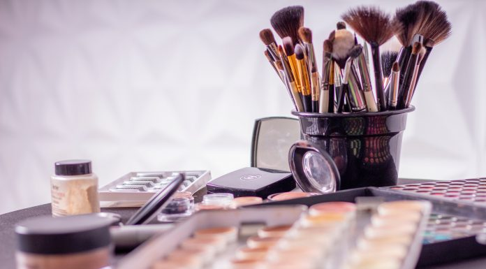 Basic Makeup Kit For Beginners