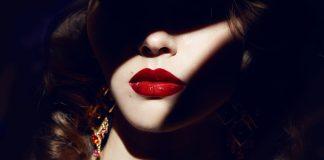safe lipstick, right lipstick, safe lip-balm ingredients