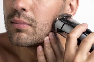 For rough skin choose an electric razor with web shave capabilities and 3-5 razors