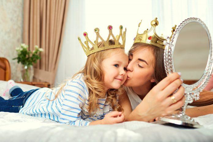 Parenting habits influence on child's life, parents habits