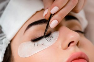 Eyelash extensions influence on eyesight
