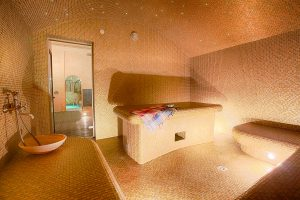 difference between different types of saunas, steam baths