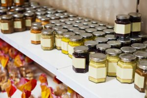 honey storing, honey absorbs smells from environment, spoiled product