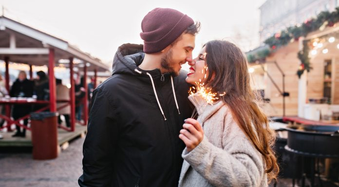 signs that a man is in love