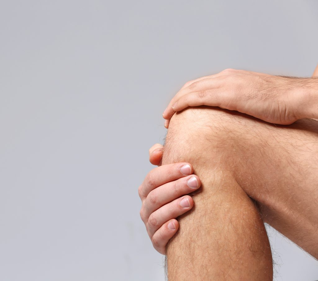 alternative medicine, eastern medicine practices,specific massage point on the knee, reduce appetite, acupuncture, acupressure, healthy massage, self-massage, chi energy, Chinese massage techniques, functioning of internal organs, massage point on the body, targeting specific points, massage instead of going to the gym and gruelling diets,