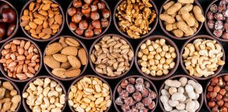 Reasons to eat nuts